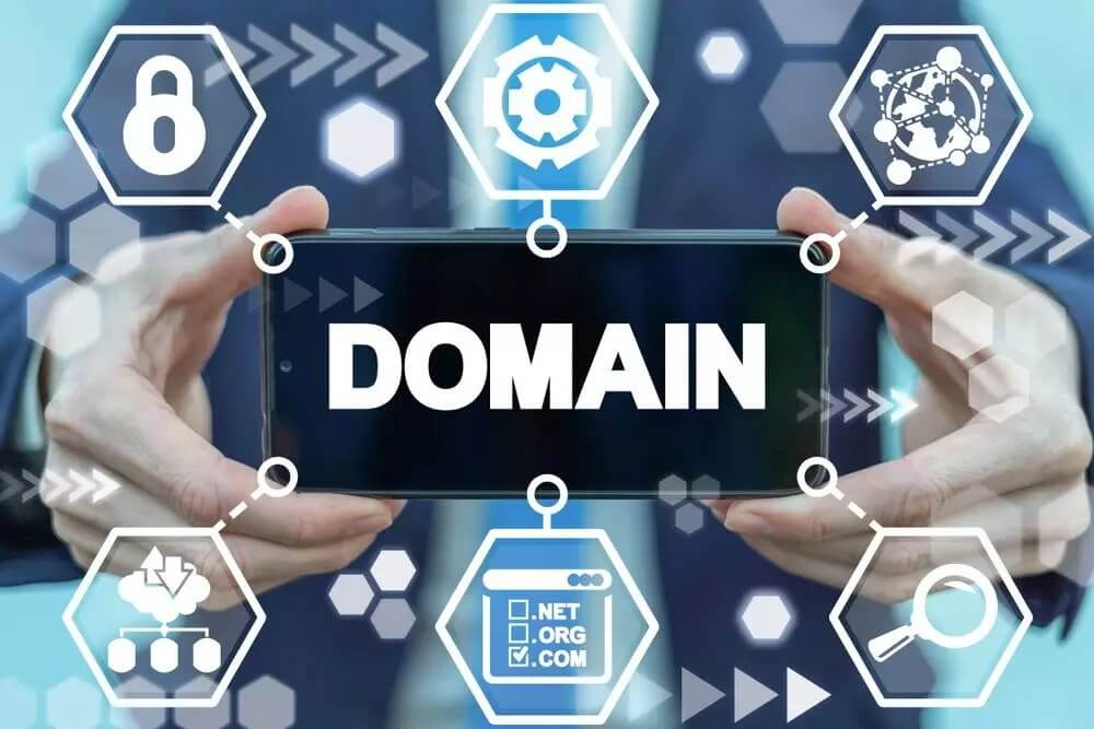 How to Find Out Who Owns a Domain Name with Reverse WHOIS Search and WHOIS Database Download